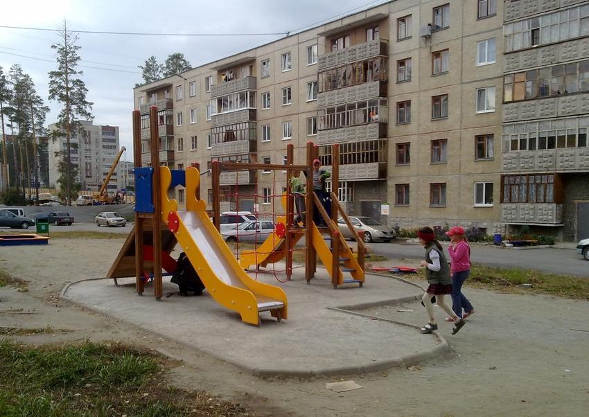 2011-10-03_1000_dvorov