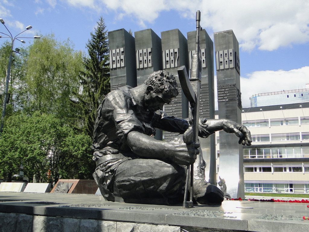 monument_ekaterinburg-01-03